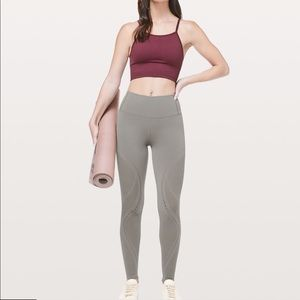 "Lululemon Reveal *Mindful Motion Tight 28"" size 2"